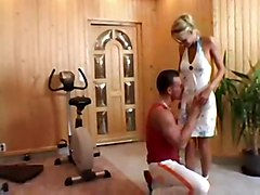 anal cum blonde girl bench pressed