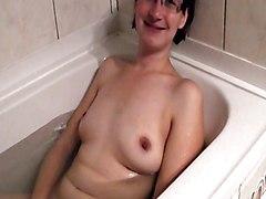 Amateur Tits Voyeur