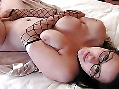 Brunettes Glasses Softcore amateur boobs solo
