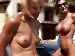 Blowjobs FFM Outdoor blonde blowjob