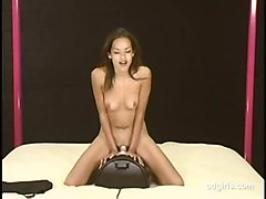 amateur asian orgasm sybian daisy cdgirls