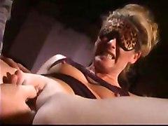 Ejaculation feminine Lesbiennes Babes Lingerie Fellation Ejac faciale