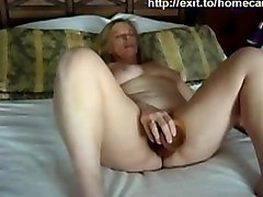 webcam cam live housewife mature older milf blonde masturbation dildo huge insertion masturbating toy toying amateur mom mother