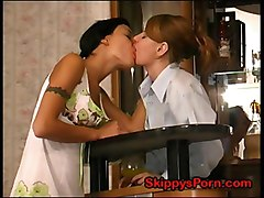 lesbian lesbians seduce seduces kiss kissing waitress