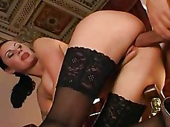 Lingerie Stockings brunettes hardcore