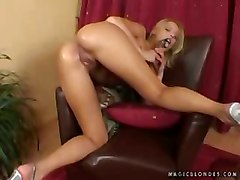 blonde fingering solo dildosucking dildofucking