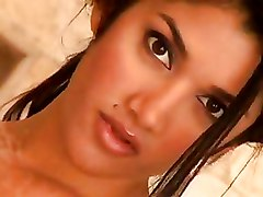 Babes Brunettes Indian