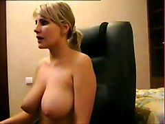 sexy amateur mom mature milf webcam big tits