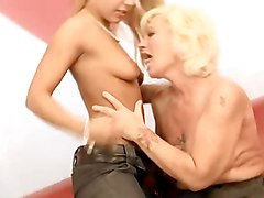 Anal Lesbians Old + Young