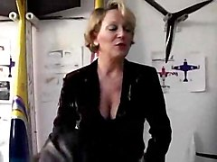mature milf stockings french