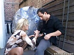 hardcore blonde blowjob pussytomouth cowgirl pussyfucking public