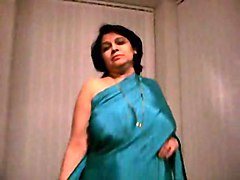 Big Boobs Indian Matures