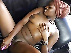 Ebony Toys black solo