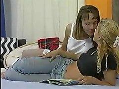 Lesbians Teens