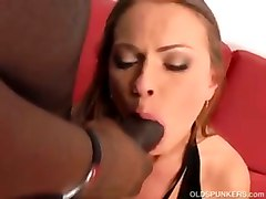 hardcore matur milf mom cumshot facial interracial