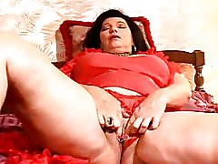 Granny Masturbation lady in red piercing