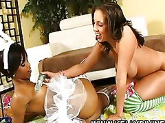 Kelly Divine Lesbian Pussy Licking Stockings