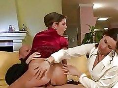 Pissing Threesome ffm