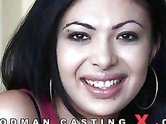 Amateur Casting brunettes