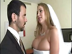 Man Fuck Bride While Grooms Didn&amp;039;t Awake