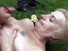 Car Mature blowjob outdoor