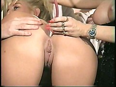 Gangbang Lingerie Squirting