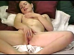 Amateur Masturbation Amateur Brunette Caucasian Masturbation Piercings Shaved Solo Girl Vaginal Masturbation