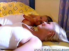vivthomas com lesbian pussylicking babes fingering