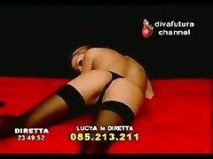 divafutura strip lucya lee toys