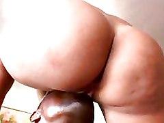 Big Ass Milf Pussy Licking