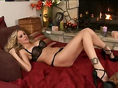 julia ann phoenix marie lesbian lesbians blonde pussy-licking pussyeating