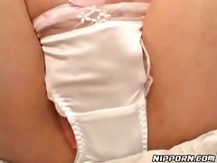 asian japanese babe gets an orgasm