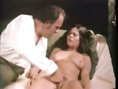cumshot hardcore brunette fingering hairypussy pussyfucking classic oldandyoung retro olderman vintage