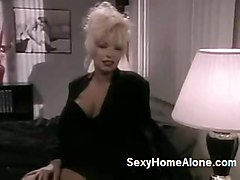lesbian fucking big tits boobs blonde sucking mature busty bigboobs hugetits babes orgasm dido