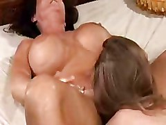 Bedroom Kissing Moms and Teens Pussy Licking