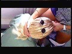 Blondes MILFs