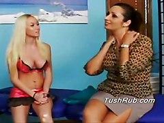 lesbian oiled massage