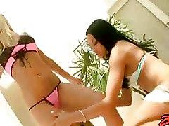 Blowjobs FFM bikini pussy licking