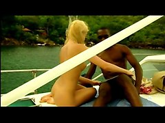 Black and Ebony Blondes Teens Interracial