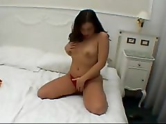 Brunettes Fingering