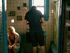 Michelle Williams (hq) - Pees And Showers