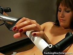 Masturbation Brunette Caucasian Gym Masturbation Piercings Shaved Solo Girl Toys Vaginal Masturbation