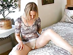 Clitoris Masturbation Milf Orgasm Rubbing Vulva Sexual Pleasure Sexual Stimulation Stockings Wet Pussy housewife