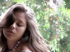 Nina James - Petalis