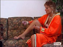 Amateur MILFs Old   Young