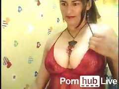 Mrs Sex From Pornhublive Plays With Nipples