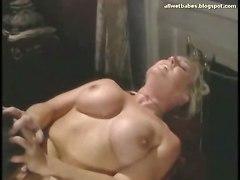 blonde fucked wet bigbutt bigtits bigboobs bath maid onthetop