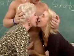 threesome hardcore blowjob mature
