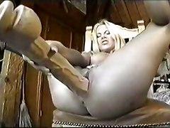 dildo blonde amateur solo bigpussy insertion extreme hugedildo