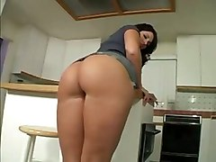 Drunna Milf Phatass BigassAss MILF